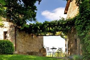 Col-delle-Noci-Italian-Villa-garden